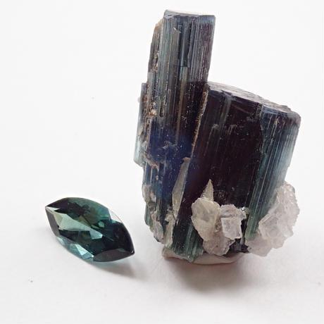【5/23掲載】トルマリン 24.680ct原石