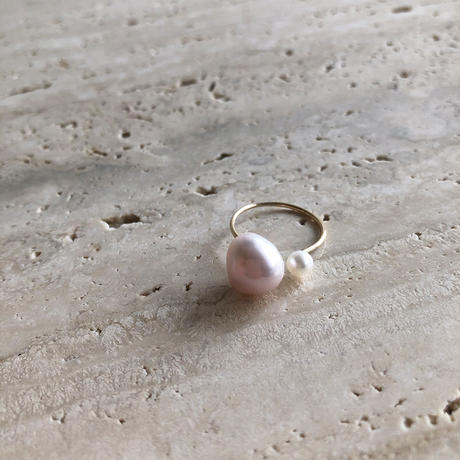PINK + WHITE PEARL RING