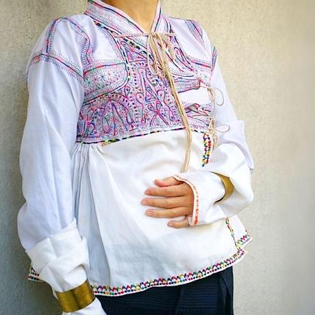 ラバリ族ジャケット⑤