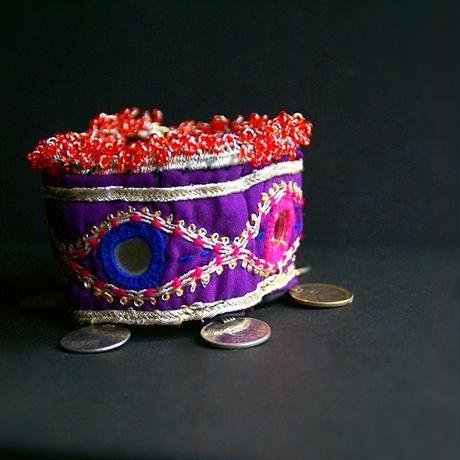 アフガニスタン ミラーワークブレスレット《G》コイン&ビーズ&刺繍
