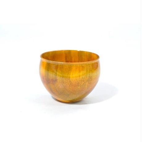 木製栃材を使用したカラフルなぐい呑みです Ochoko Colorful イエロー SX-0653