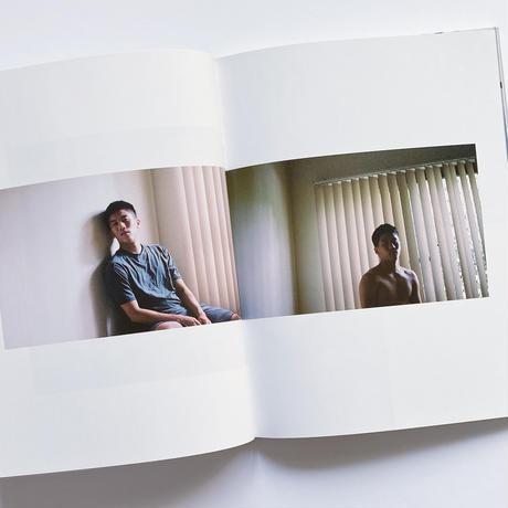 ROOM  /  鄭庭維   Ting-Wei ,Zheng