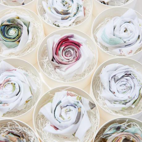Blooming Handkerchief Gift -Dog-