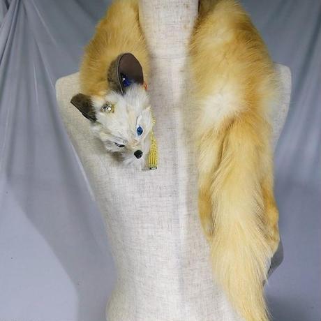 黄貂(キテン)のショルダーアクセ