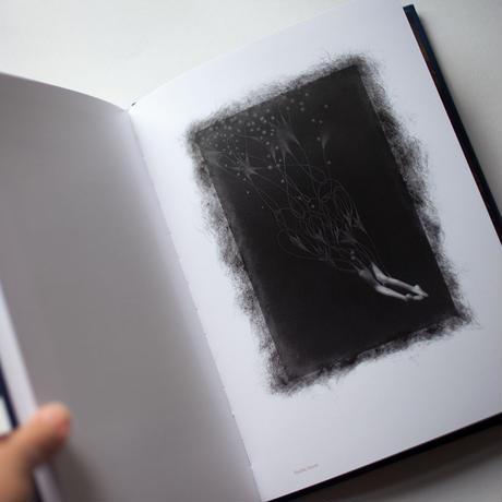 写真集「BLACK FOREST」