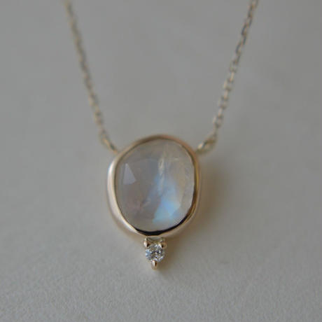 Labradorite Diamond Necklace (Iro-016)