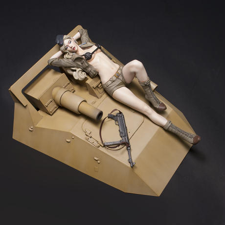 "[ SHIPPING AT LATE FEB ] 1/12 Sd.kfz.233 VALKYRIE  ""HELEN ROMMEL"""