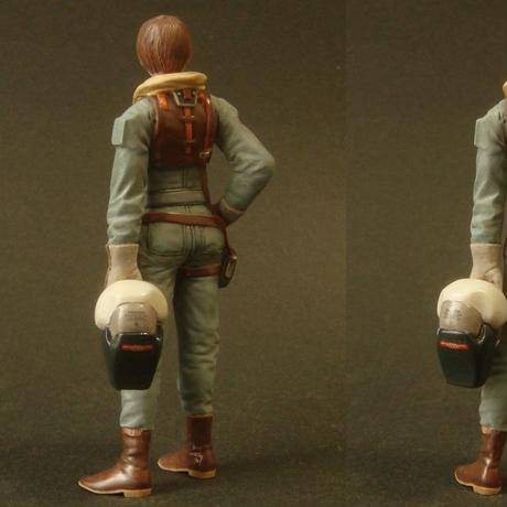 MERCENARY FEMALE PILOT 1
