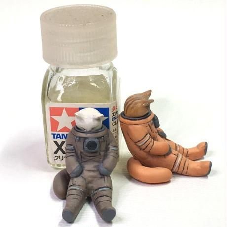 宇宙服ネコ 「ねたんぽぽ」