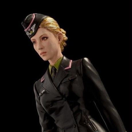 STRAHL FEMALE OFFICER