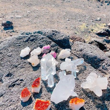 オアフ島 ペレの椅子 コバルトカルサイト原石 No.P17