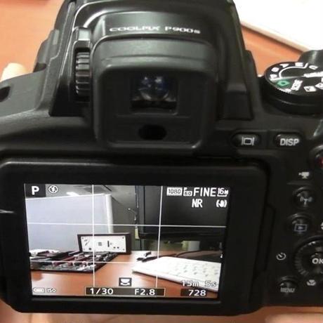 NIKON COOLPIX P900S 83xズーム フルHDビデオ 高性能 デュアル検知光学VR 手ブレ補正対応