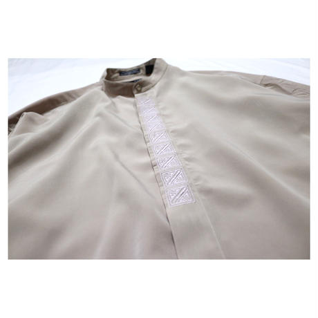 Stand collar Embroidery Design L/S shirt