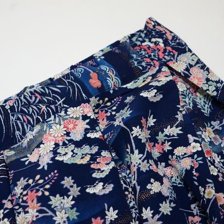 扇に草花模様【タックラップスカート】