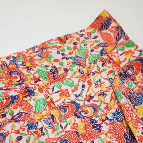 流水に菊牡丹模様【タックラップスカート】