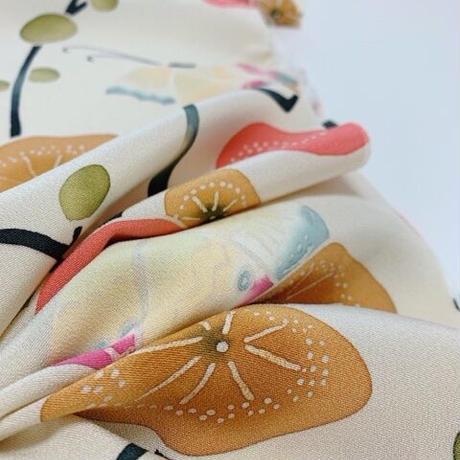 枝梅に蝶模様【ギャザーラップスカート】