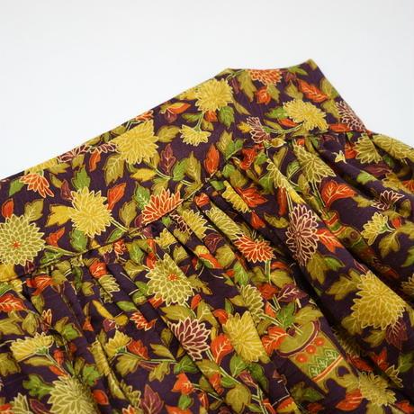 小壺菊葉蝶模様【ギャザーラップスカート】