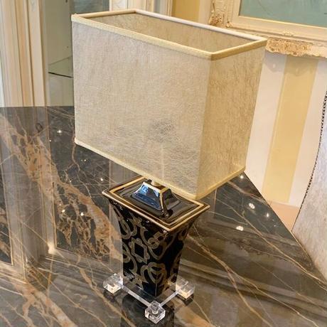 LE  PORCELLANE / 幾何学モチーフ・テーブルランプ