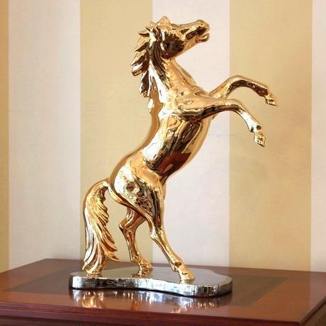 AHURA 金の馬のオブジェ