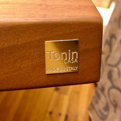 イタリア製 / TONIN CASA:ダイニングテーブル  TOKYO