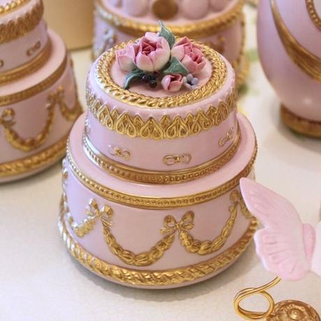 VILLARI ピオニー・ケーキ型ボックス 小