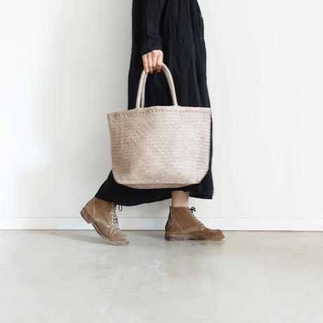 KYUCA KY0304 Soft Leather Mesh Tote / GREIGE