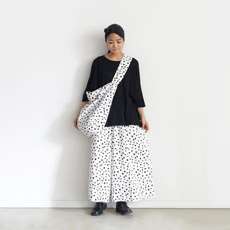 i c h i  201111 Random Dots Reversible Bag / A : WHITE × BLACK DOT