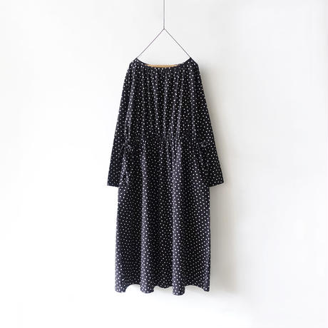 """LIMITED COLOR"" i c h i  201018 Dots Gather Ribbon Dress / C : BLACK"