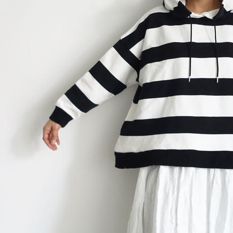 【ONLINE LIMITED】i c h i 201061 Border Hoodie / A :  White × Black