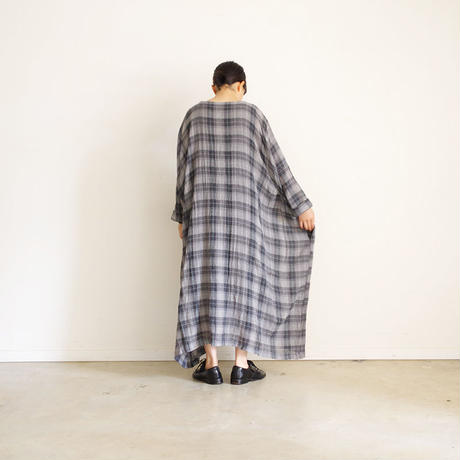 190410 Wool Gauze Check One Piece / CHARCOAL