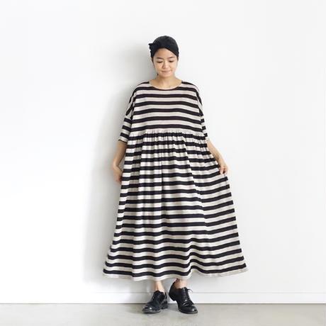 ichiAntiquités 601264 Linen Border Volume Gather Dress / 2 COLORS : SMALL BORDER・BIG BORDER