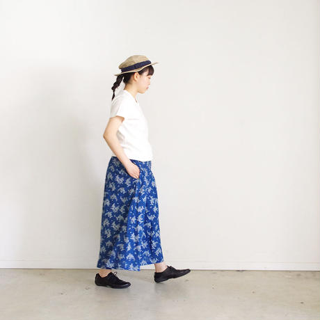 i c h i 181217 Indigo Flower Skirt