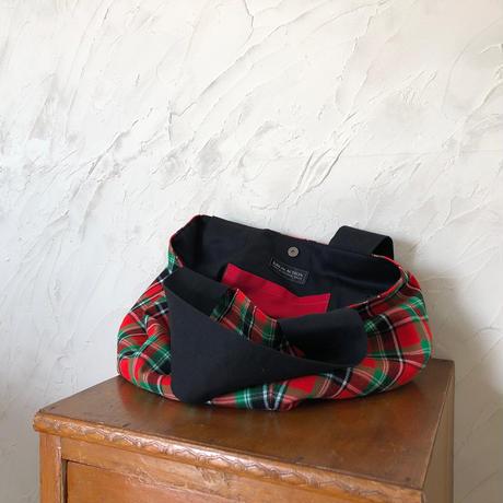 202 ケニア・マサイシュカ・ボニーバッグLサイズ(赤×緑)