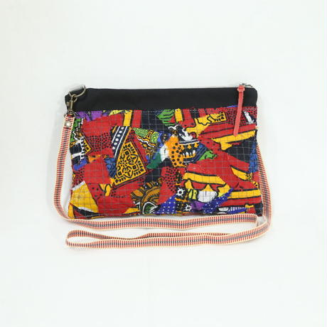 005|cut 布のかけらを集めたポーチ(Kenya)