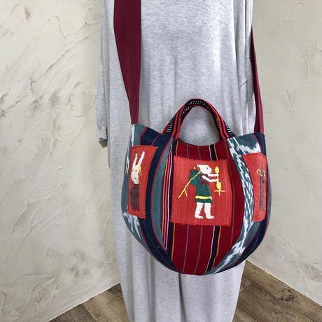 ナガ族刺繍・パラウン族・ミャンマーボニーバッグMサイズ(赤)