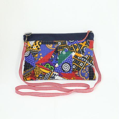 004|cut 布のかけらを集めたポーチ(Kenya)
