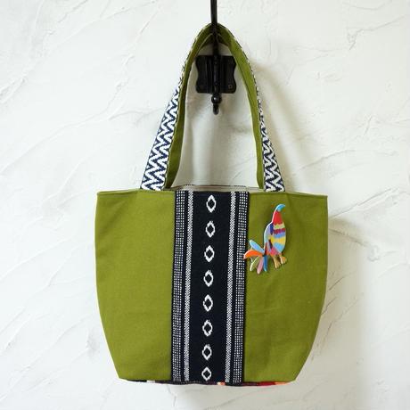オトミ刺繍風ブローチつき、メキシカントート(B)