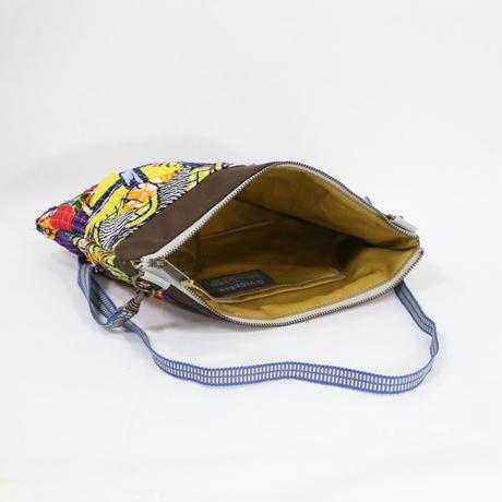 066|cut 布のかけらを集めたポーチ(Kenya)