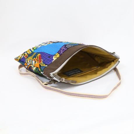 081|cut 布のかけらを集めたポーチ(Kenya)