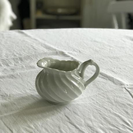 Antique *ミルク入れ