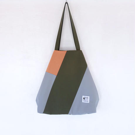 flag bag(サーモン・カーキ)