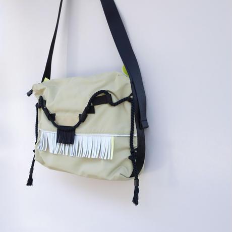 liner shoulder(サンド・ブラック・グレー)
