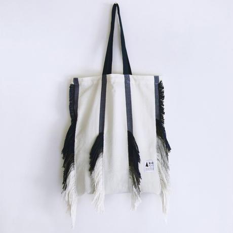 hairy bag(ホワイト・ネイビー)