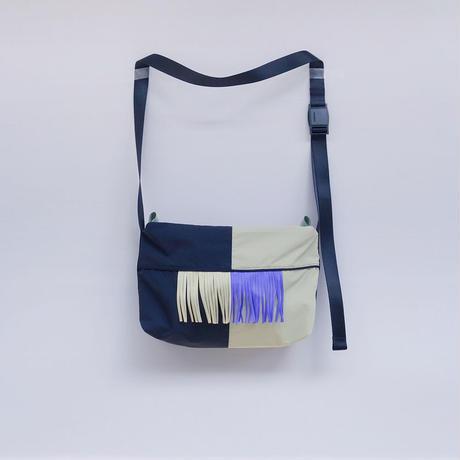 half shoulder(サンド・パープル)