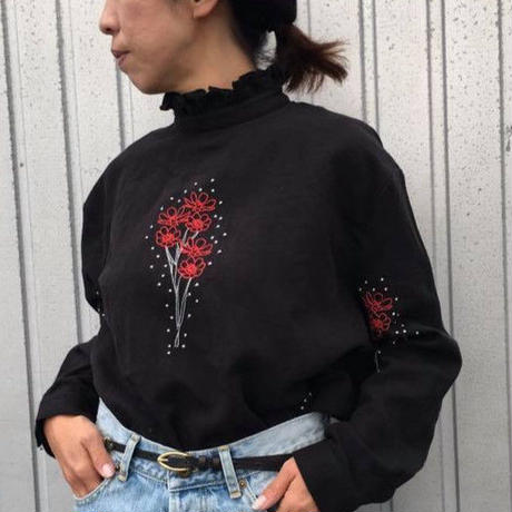 "EMBROIDERY ""FLOWER""プルオーバー/LUEUF'18AW/u300608"