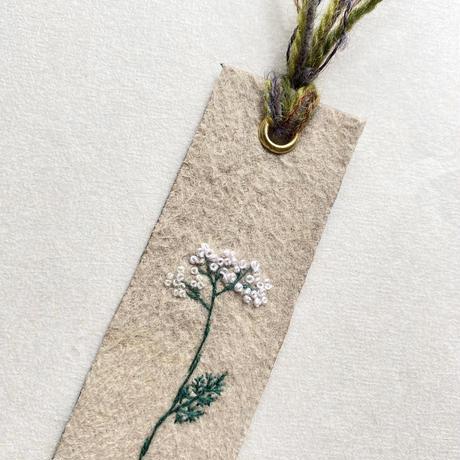 刺繍栞・白小花