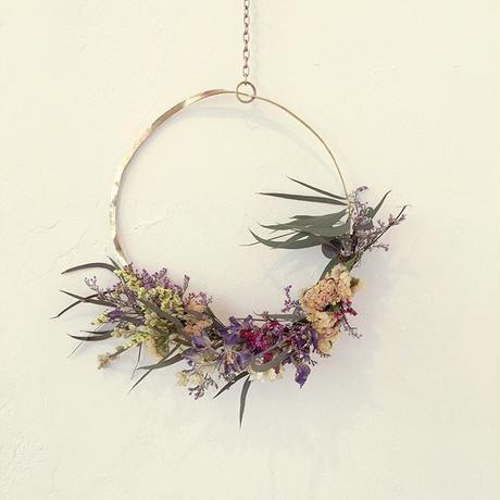 Metal Wreath     (Brass)