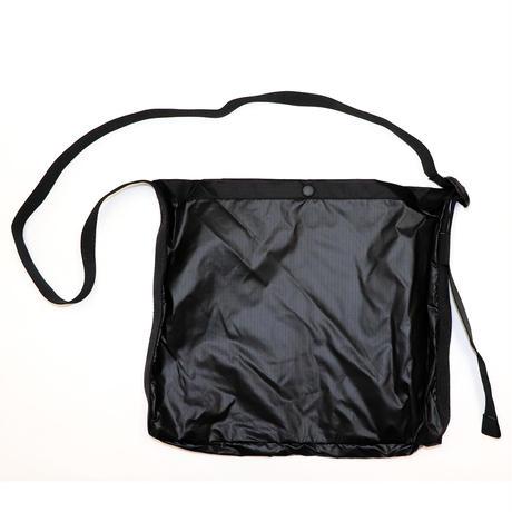 RUBBER BOX LOGO MINI SHOULDER BAG  BLACK