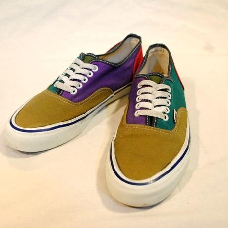 "~70's ""VANS"" AUTHENTIC"