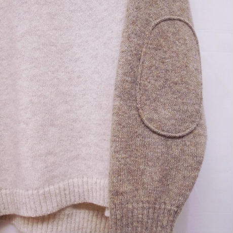 【 OMNIGOD 】Panel wide crewneck sweater